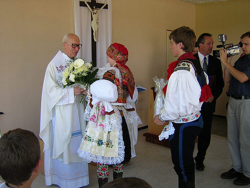 OBRÁZEK : drslavice_oslavy_2003_mse6.jpg